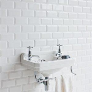 klassieke kranen - retro kranen - landelijke kraan - fontein toilet